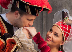 historic_costumes_Tallinn-thumbnail