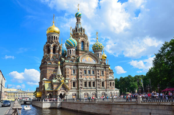 1-Day Group St Petersburg Shore Excursion in Hebrew with Hermitage Museum